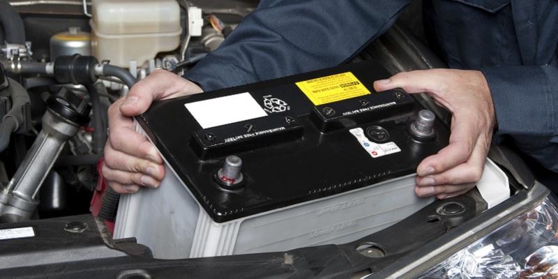cum aleg bateria auto