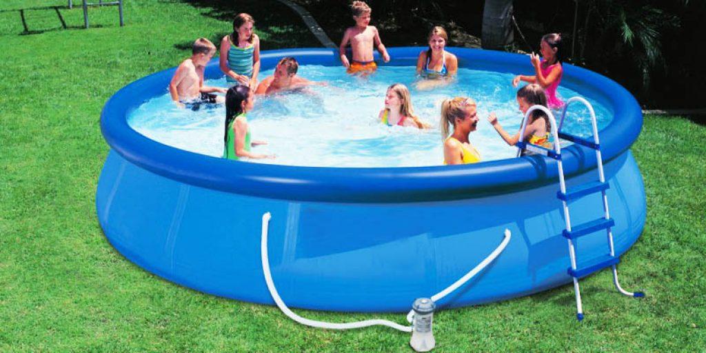 Piscine gonflabile mari cum le alegi for Cat costa construirea unei piscine