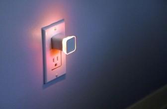 Aumi Mini – Lampa de Veghe ce te Avertizeaza cand Primesti email-uri