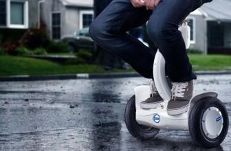 Cat de Sigura este Utilizarea Unei Trotinete Electrice sau Hoverboard pe Ploaie?